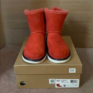 Disney Minnie Mouse Sweetie Bow Uggs
